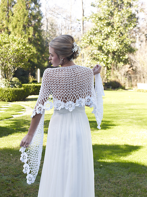 Knitting Patterns For Bridal Shawls : Featured Artist: Kimberly K. McAlindin of Hooked on Knitting   Spin Artiste -...